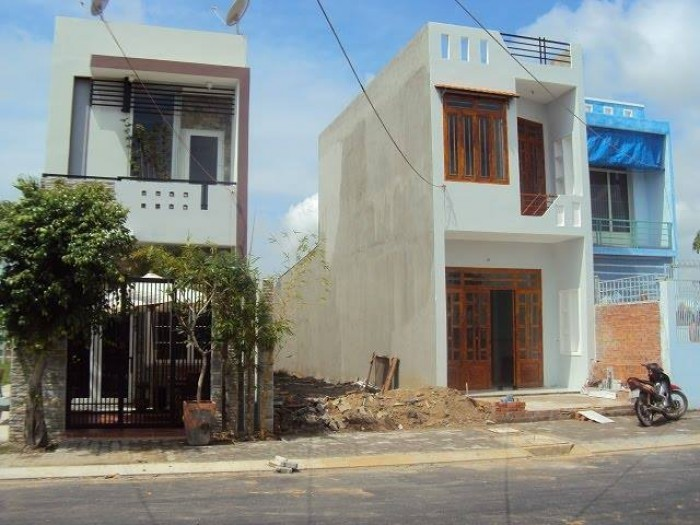 Ngân hàng thanh lý lô đất MT đường Lê Đức Thọ, Gò Vấp, 1 ty , SHR, XDTD.