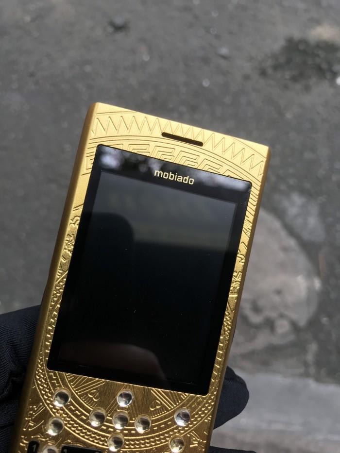 Điện thoại Mobiado 3gcb phiên bản trống đồng giá rẻ8