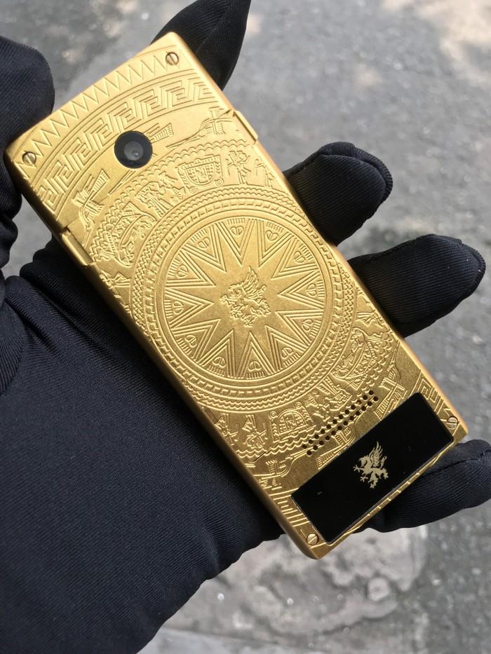 Điện thoại Mobiado 3gcb phiên bản trống đồng giá rẻ4