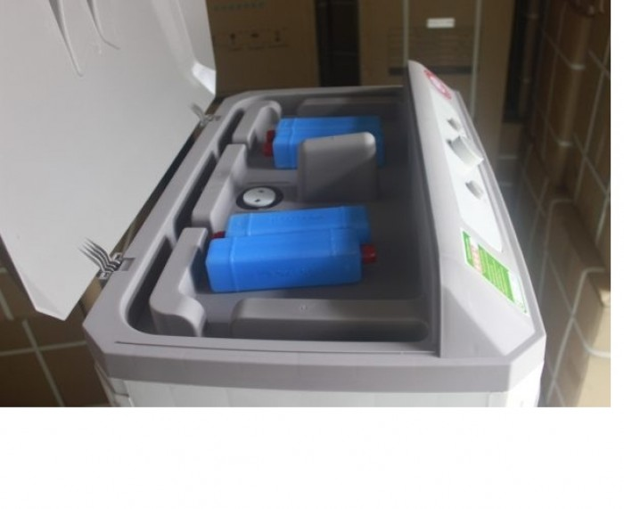 Máy làm mát không khí bằng hơi nước KOSMO E8000 Thái Lan công xuất lớn 200w1