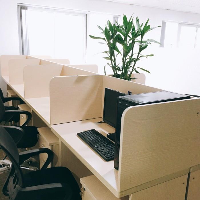 chỉ với 4tr bạn có ngay 1 văn phòng đầy đủ tiện nghi