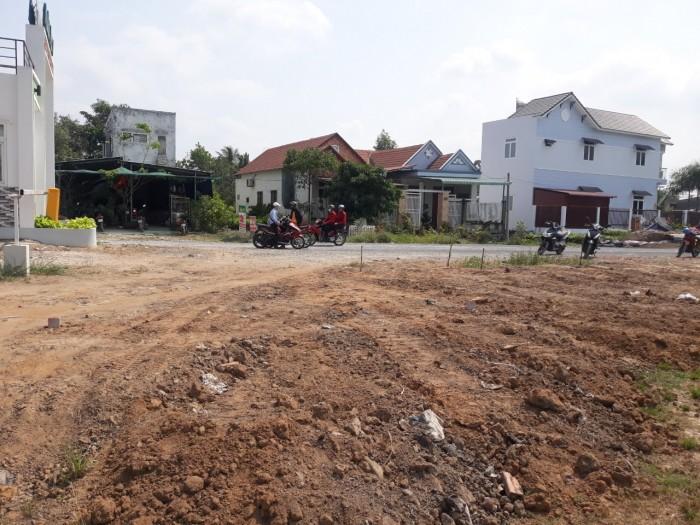 Cần bán nền đất thổ cư xã Phạ Văn Hai-Bình Chánh 1.9ty/100m2,sổ hồng,đường 20m