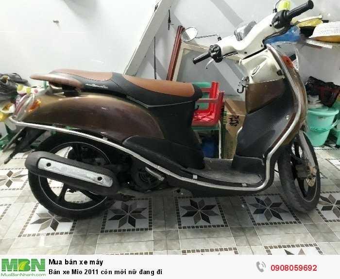 Bán xe Mio 2011 còn mới nữ đang đi