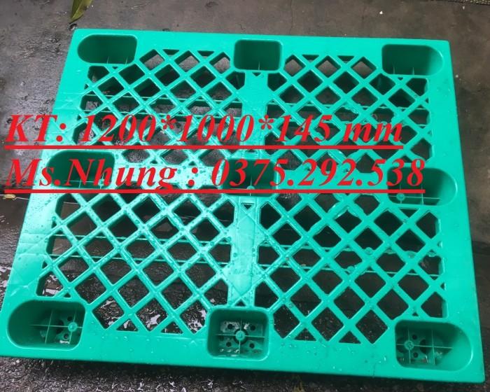 Pallet nhựa lót sàn, chân cốc giá rẻ