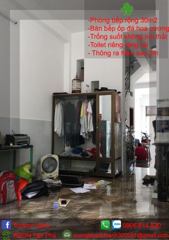 phòng bếp rộng rãi sử dụng nhiều mục đích8
