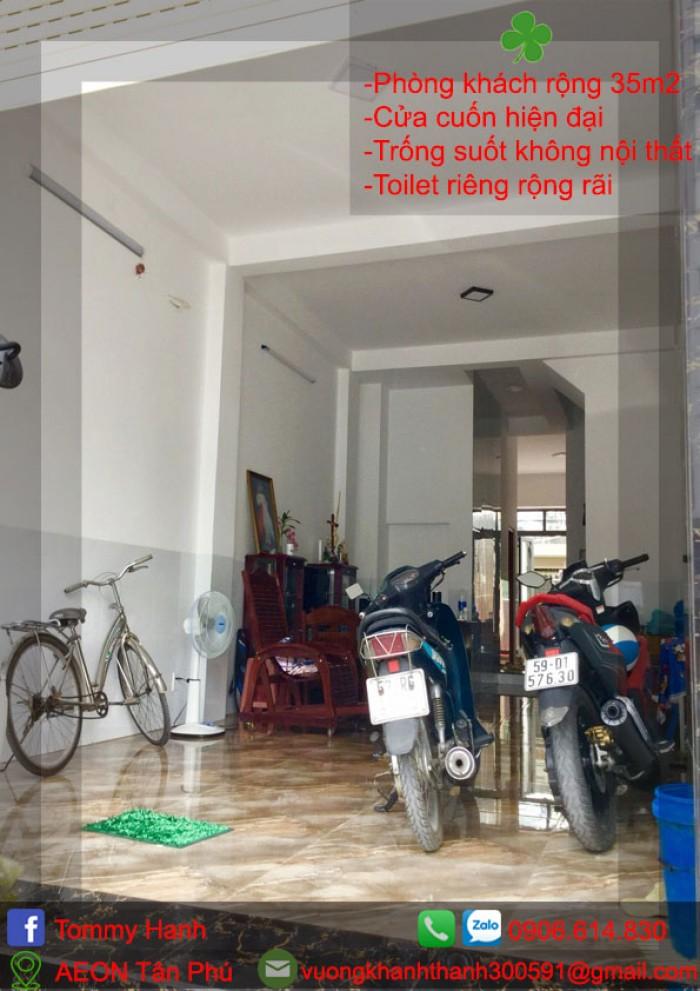 tầng trệt rất rộng, thích hợp làm reception, để xe, thông ra bếp trống suốt10
