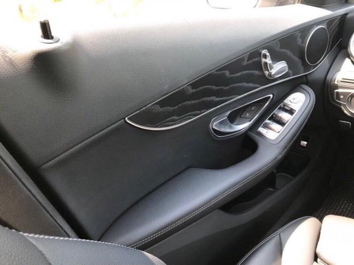 Mercedes C200 2018 mới nhất Việt Nam