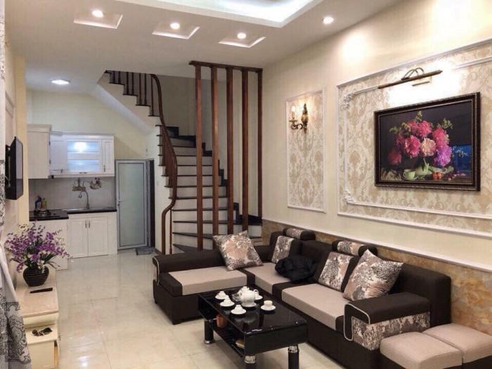 Cần tiền bán gấp căn nhà đẹp Láng Hạ chỉ với 4.6 tỷ, 50m2, 5 tầng