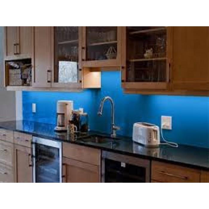 kính màu ốp bếp tại hà nội