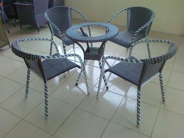 bàn ghế cafe mây nhựa giá rẻ tại xưởng sản xuất HGH 1299