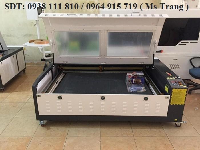 Máy laser cắt khắc gỗ , máy laser 1390 cắt vải0