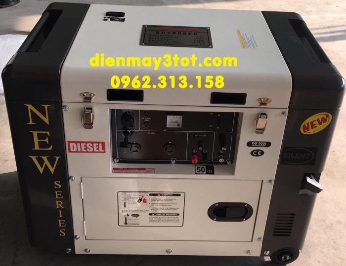 Máy phát điện chạy dầu 6kw Honda SD7800EC đề nổ,tiết kiệm nhiên liệu1