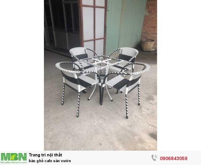 Bàn ghế cafe sân vườn0
