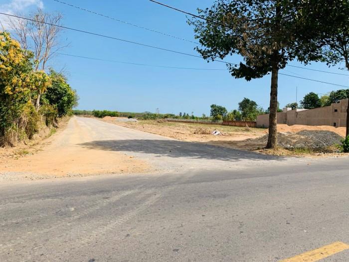 Đầu tư vốn ít sinh lời cao vị trí cực đẹp ngay mặt tiền đường song song quốc lộ 51.