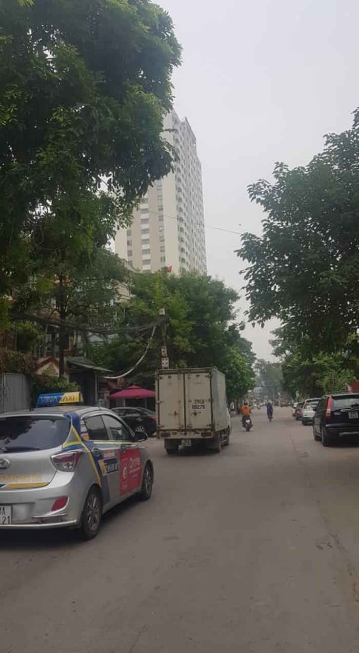 Bán nhà phố Thịnh Liệt 110m2 5 tầng MT 4m 10.8 tỷ Hoàng Mai ô tô tránh nhau