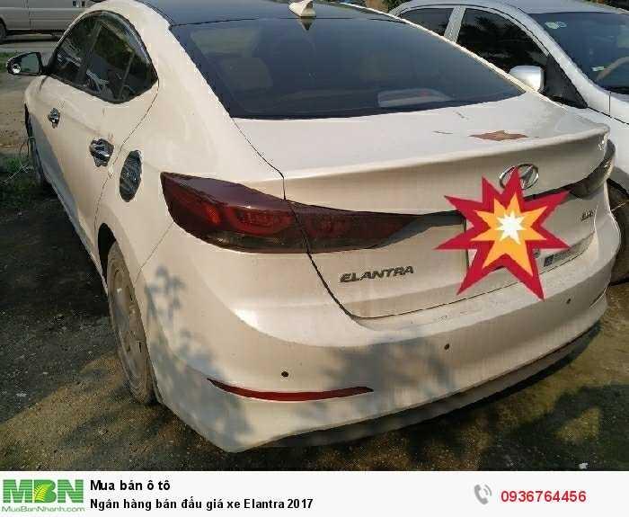 Ngân hàng bán đấu giá xe Elantra 2017