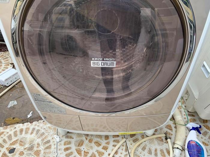 Máy giặt nội địa Nhật HITACHI BD-V3200 10KG,đời cao 20102