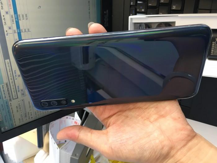 Đai tiệc Samsung tháng 6 A70: 8,290k giảm tẹt ga tại Dĩ An2
