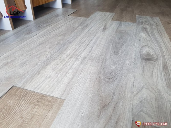 Sàn nhựa giả gỗ Glotex V2523