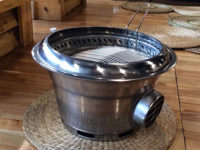 Bếp nướng âm bàn không khói hàng quốc bếp nướng than hoa hút âm bàn2