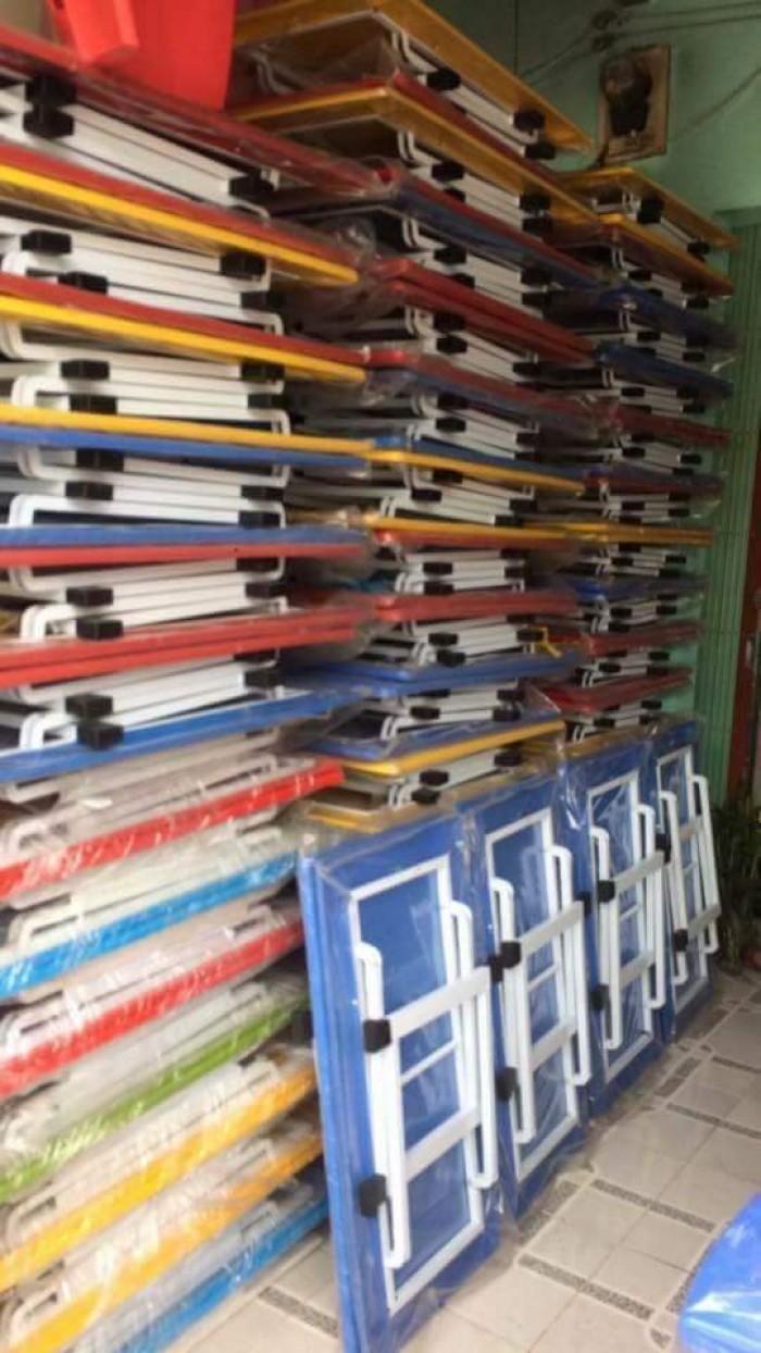 Bán bàn nhựa đúc chân gập giá rẻ