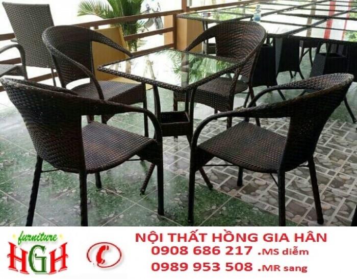 cần thanh lý bàn ghế cafe giá rẻ hgh031
