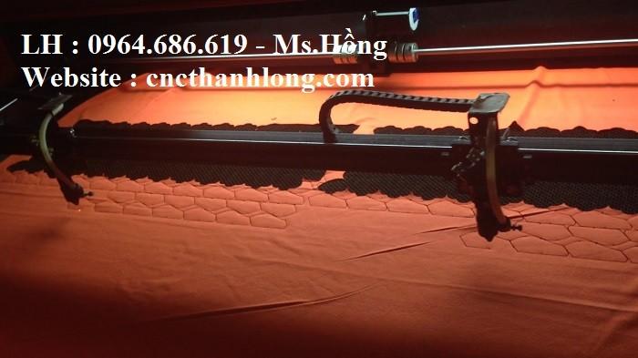 Hướng dẫn sử dụng Máy laser cắt vải 2 đầu 1610 ngành may4