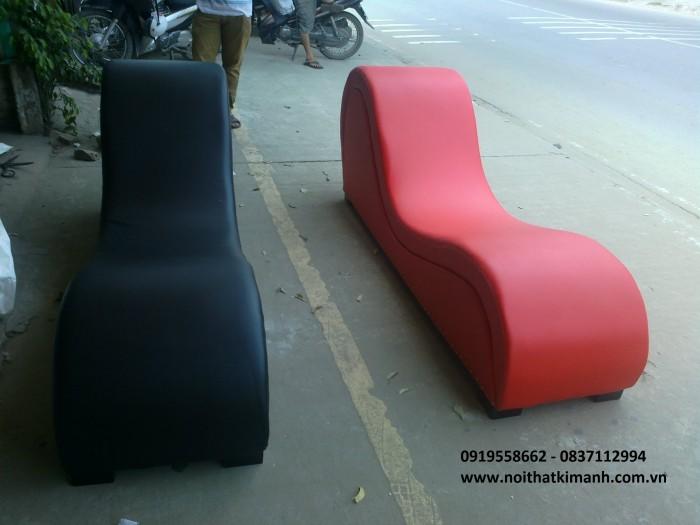 ghế tình yêu màu đen