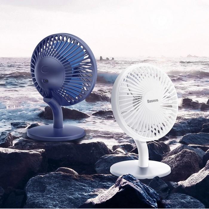 Quạt mini Baseus Ocean Fan là quạt tích điện có kích thước lớn hơn khá nhiều các loại quạt mini thông thường. Ocean Fan có đế để bàn to, phù hợp với để trên bàn làm việc, để ở nhà sử dụng những lúc mất điện. Cánh quạt to bản giúp khả năng thổi gió tốt hơn rất nhiều các loại quạt mini thông thường Ocean Fan sử dụng Pin có sẵn và cổng sạc điện MicroUSB vì vậy người dùng có thể hỗ trợ điện thêm bằng cách sử dụng Pin dự phòng trong các trường hợp thời gian mất điện quá lâu