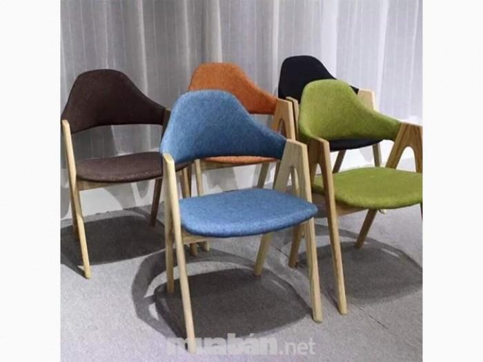 Thanh lý 100 ghế gỗ chữ A giá cực rẻ.