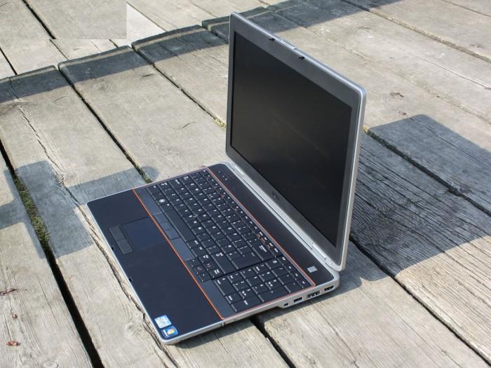 Laptop Dell Latitude E6520, I5 2540M 4G 320G 15inch Siêu bền đẹp zin 100% Giá rẻ0