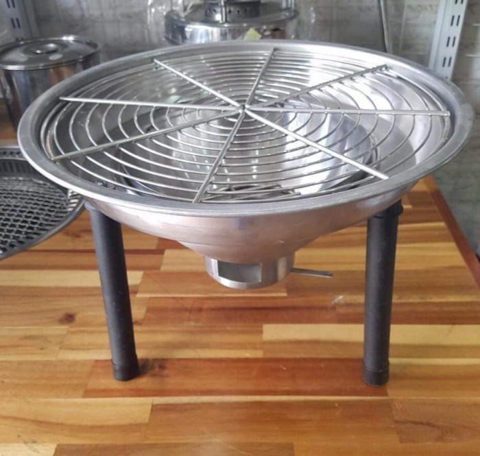 Bếp nướng than hoa đặt âm bàn kết hợp để trên mặt bàn cho quán nướng giá rẻ3