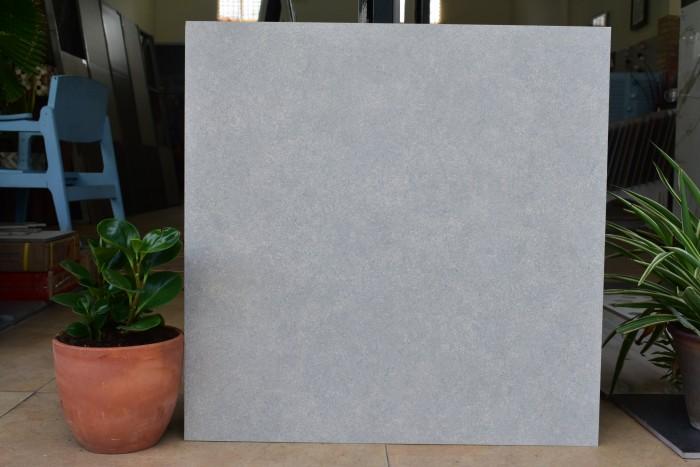 5d04b9a547a25 1560590757 - 29 mẫu gạch màu xám đáng để bạn lựa chọn (update 2020)