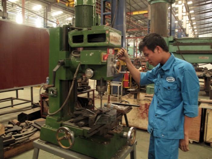 Sửa chữa máy ép thủy lực.0