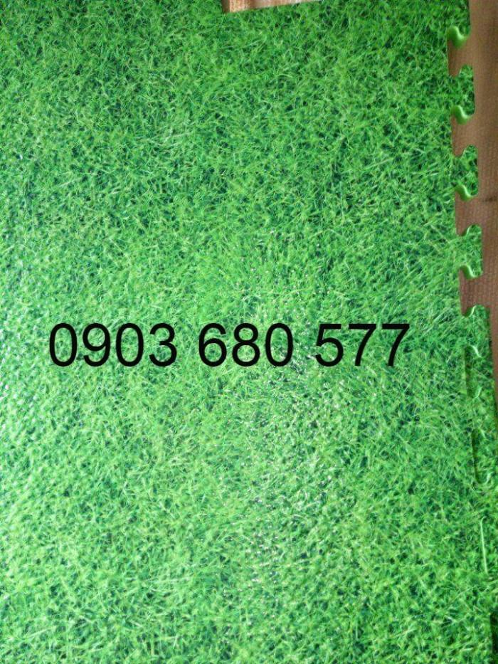 Thảm cỏ nhân tạo, thảm xốp trang trí trường mầm non2