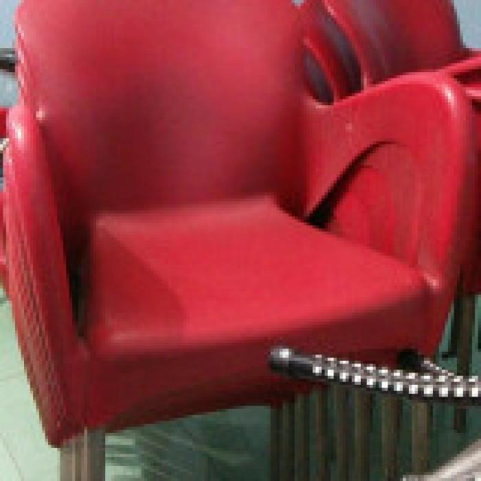 Thanh lý 500 ghế nhựa cafe giá siêu rẻ6
