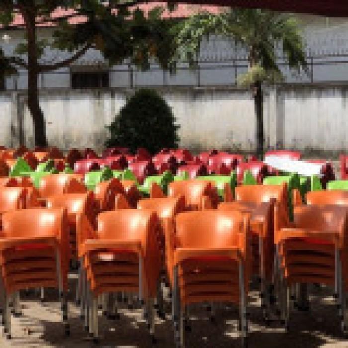 Thanh lý 500 ghế nhựa cafe giá siêu rẻ0