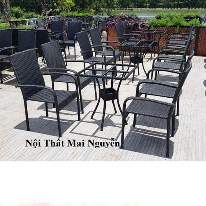 Bàn ghế càfe sân vườn siêu rẻ2