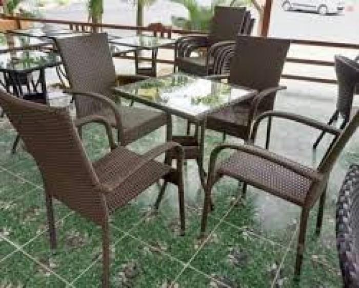 Bàn ghế càfe sân vườn siêu rẻ0