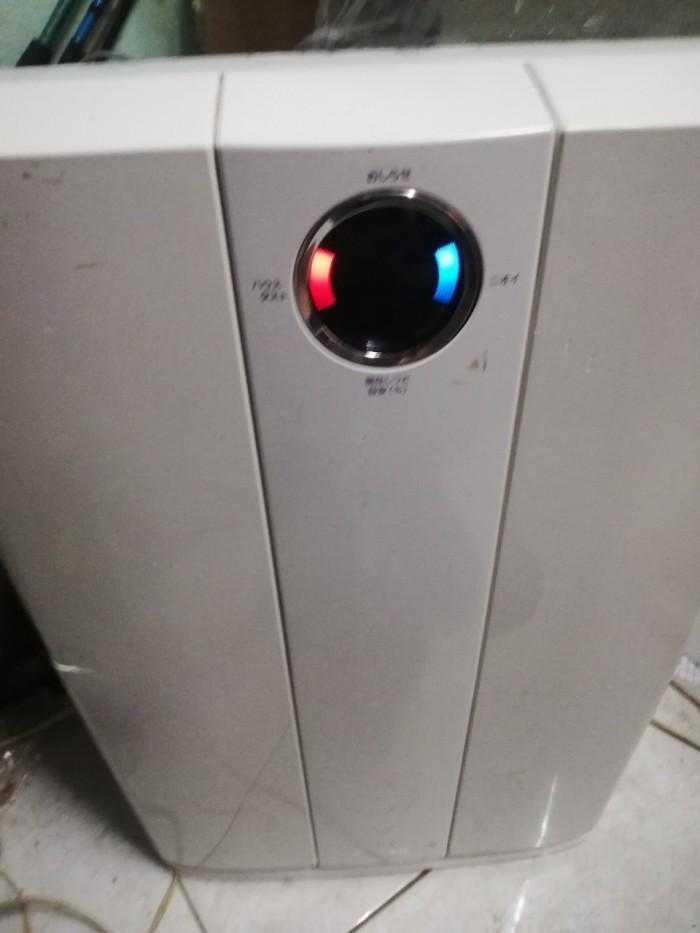 Máy tạo ion lọc không khí tạo ẩm Sharp KC-G60EV-W4