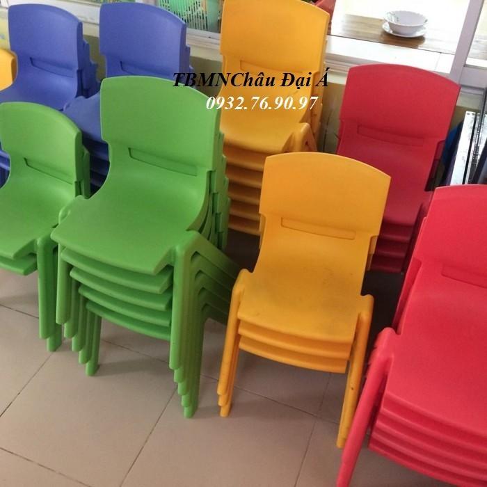 Bàn ghế mầm non Chuyên Sỉ Ghế Nhựa Nhập Khẩu2