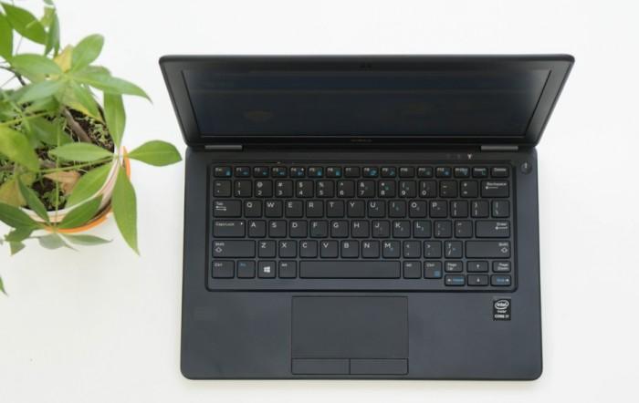 Dell E7250 -i7 5600U/4G/ 256GSSD/12icnh nhỏ gọn/hàng mỹ/máy đẹp keng4