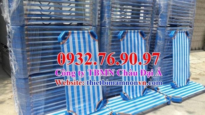Cung cấp sỉ lẻ giường lưới sọc xanh trắng4