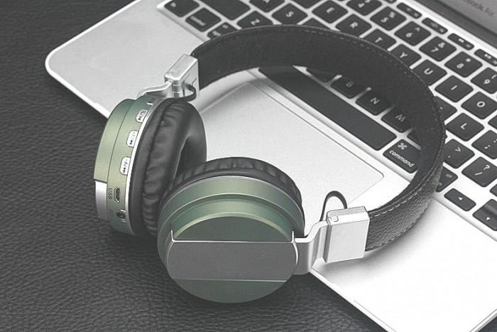 Headphone Bluetooth BOSE CQ-55, Chuyên nghe nhạc, xem phim -Sử dụng như một tai nghe điện thoại với các chức năng nghe gọi.0