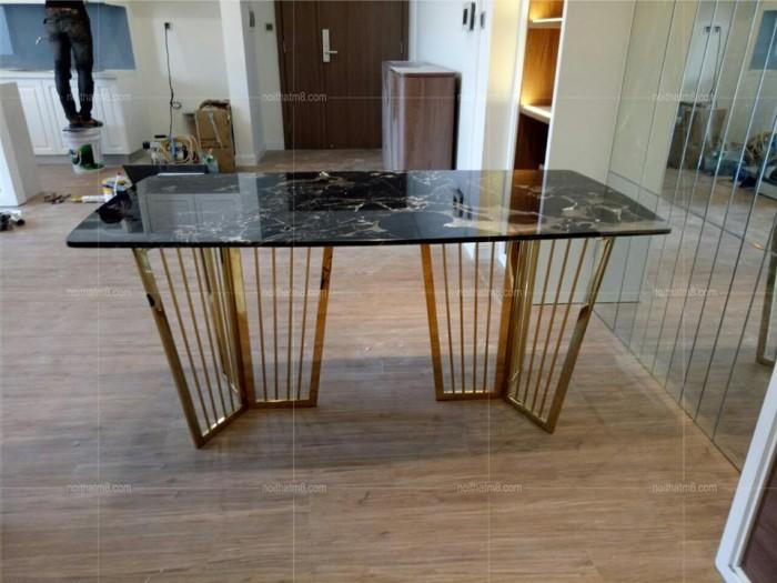 Bộ bàn ghế ăn chân Inox mạ titan vàng mặt đá4