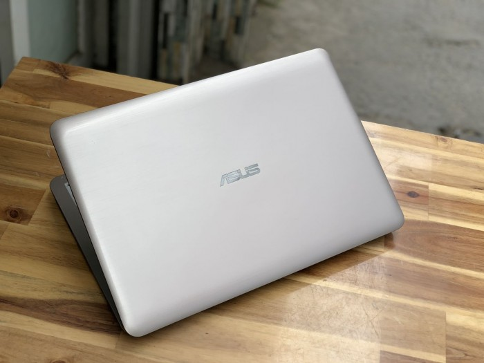 Laptop Asus A556UR, I5 6200U 4G 500G Vga GT930MX Đẹp zinm2
