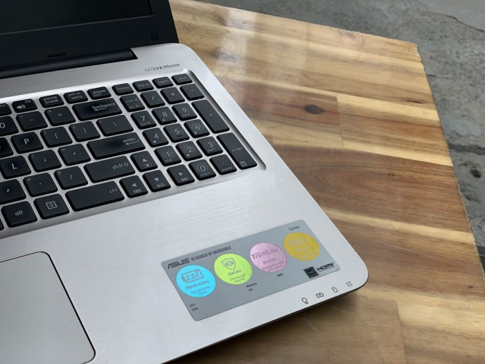 Laptop Asus A556UR, I5 6200U 4G 500G Vga GT930MX Đẹp zinm4