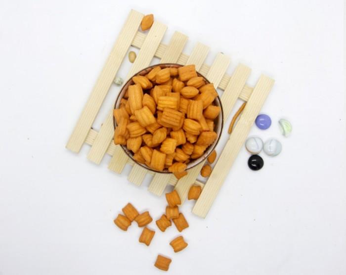 Combo 1 xâu 11 túi Bánh Vuông Hải Sản Tân Tân 25g3