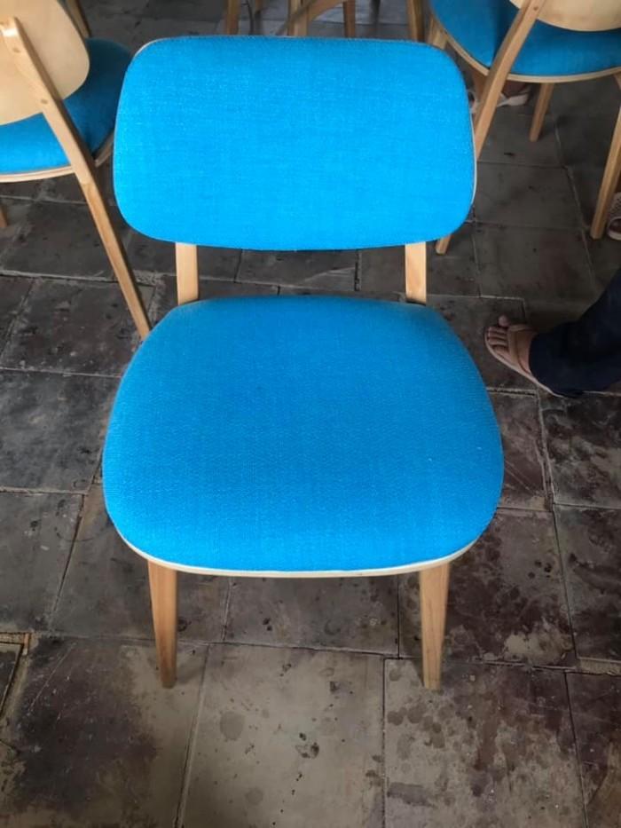Thanh lý ghế gỗ cafe bọc nệm2