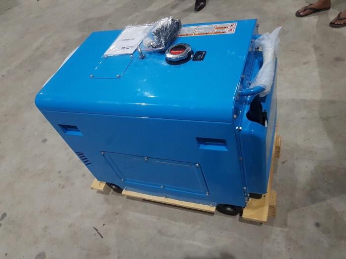 Nhà phân phối máy phát điện kawazhima KZ6500DE 5kw2